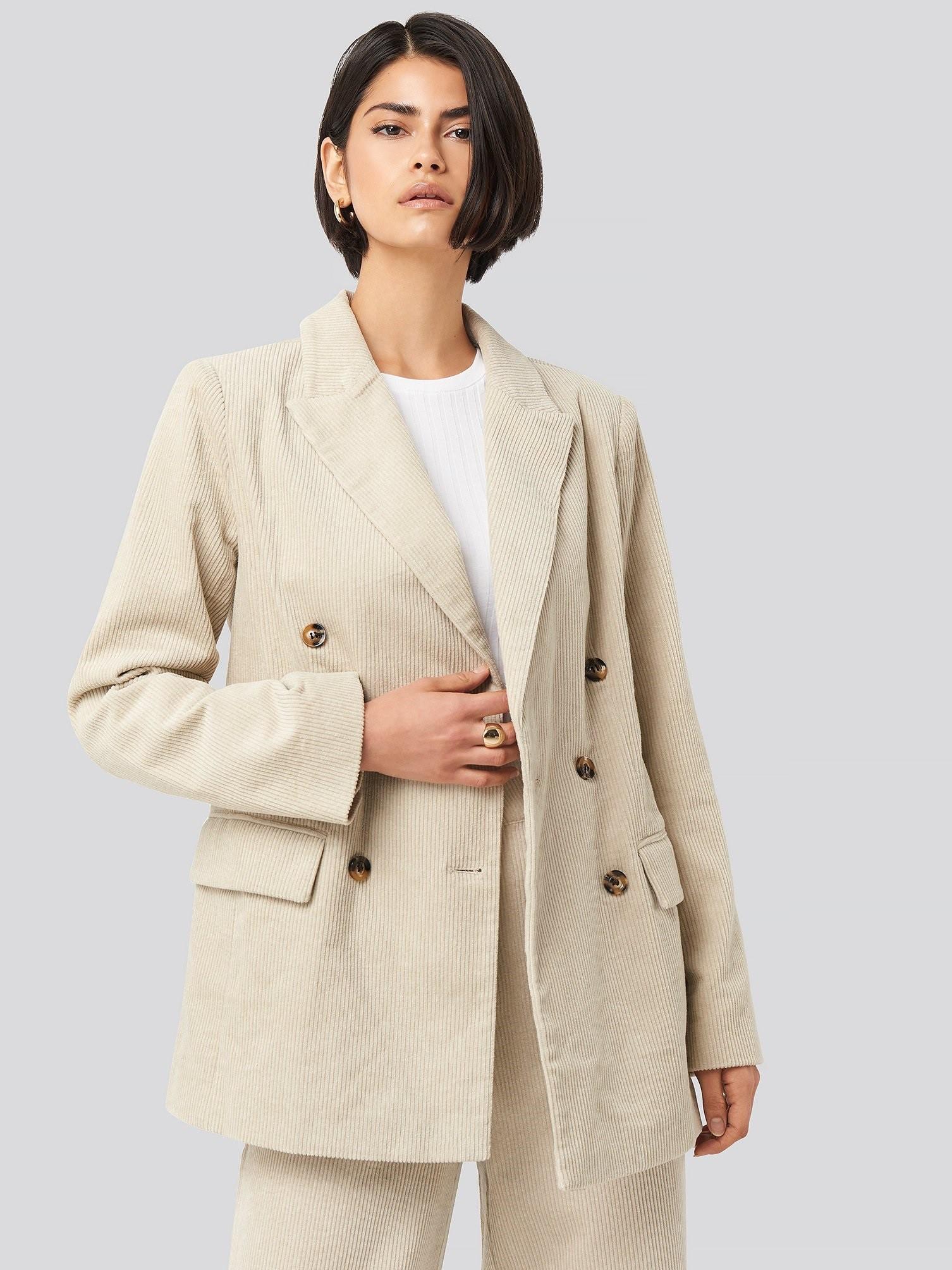 Вельветовый двубортный пиджак NA-KD 1594000220 Бежевый Free Style