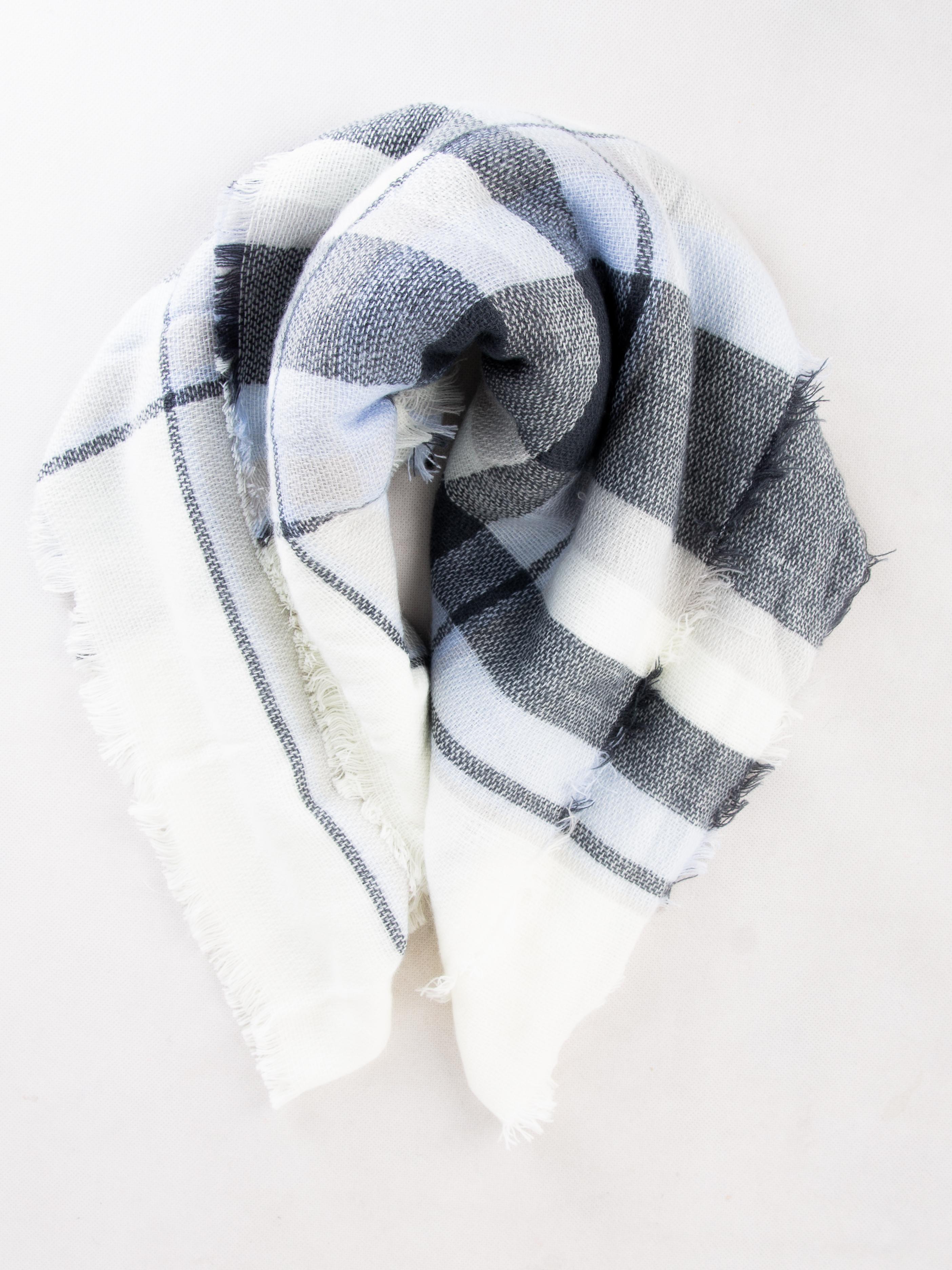 Шарф Jennyfer Белый Free Style